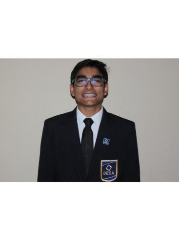 Gomber takes on DECA district officer position