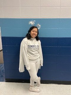 Ciara Sanchez Dressed in all white for winter week.